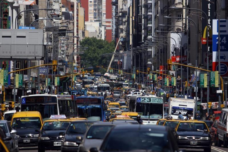 Įdomūs faktai apie automobilių spūstis ir jų sprendimo būdai