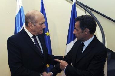 Izraelis už derybų stalo nesės