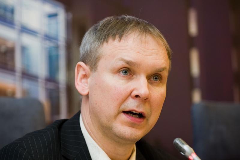 Rinkimų komisija aiškinasi, ar L.Kernagis nepapirkinėja rinkėjų