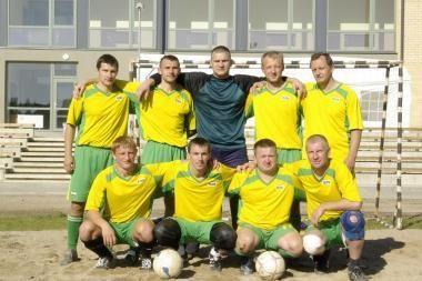 VSAT mini futbolo varžybose lygių nebuvo Varėnos rinktinei