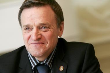 R.Vilkaitis atleido savo patarėją ir išstojo iš partijos