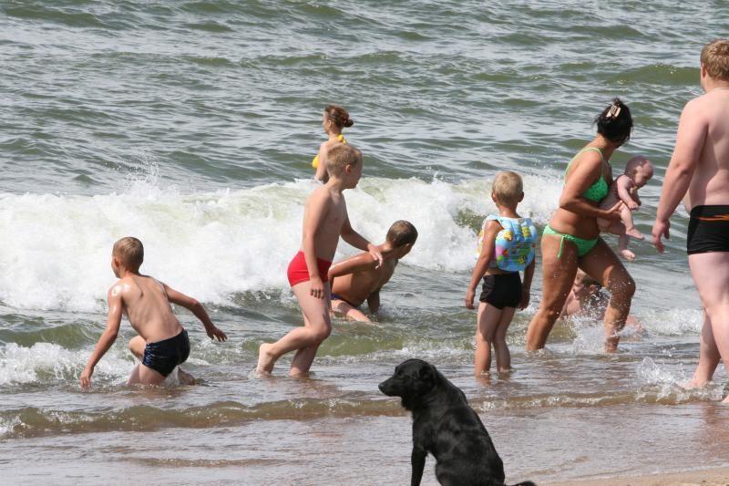 Paplūdimyje pasiklydusi penkiametė rasta už kilometro