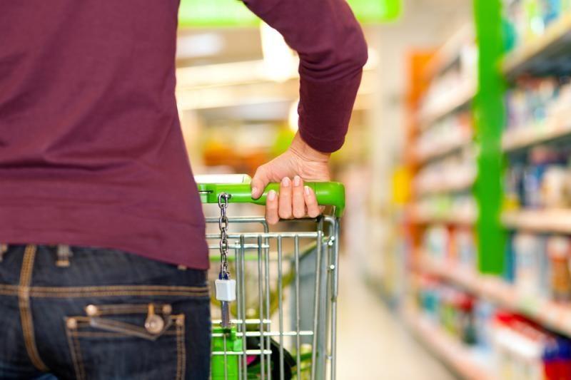 Tyrimas: akcijos parduotuvėse vilioja vagis
