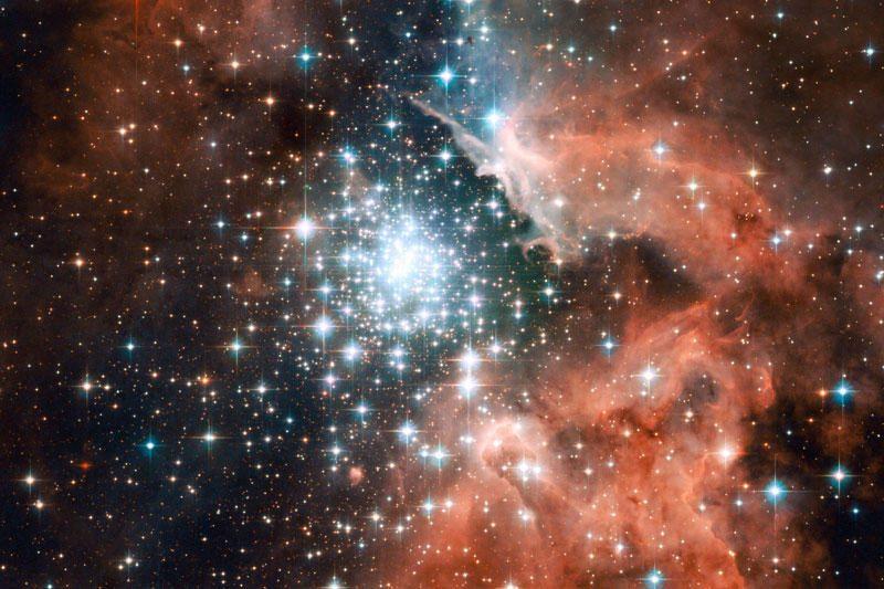 Japonų astronomai aptiko tolimiausią galaktikų telkinį