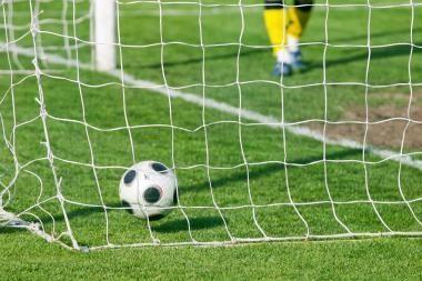 Futbolo rungtynėms teisėjaus sporto žurnalistai