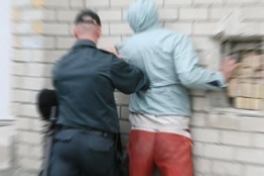 Vilniuje policininkams pasipriešinęs vyras kaltina pareigūnus jį sumušus