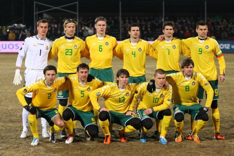 Lietuvos futbolo rinktinės pradeda treniruočių stovyklas