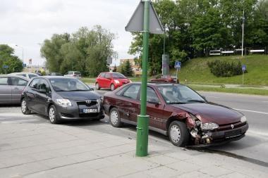 Vairuotojos neatidumas lėmė susidūrimą
