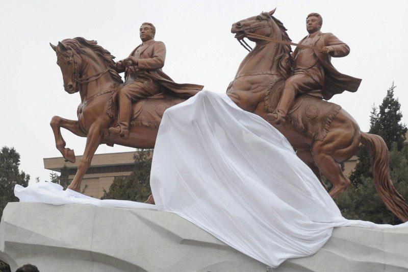 """Velionis Šiaurės Korėjos lyderis tapo """"generalisimu"""""""