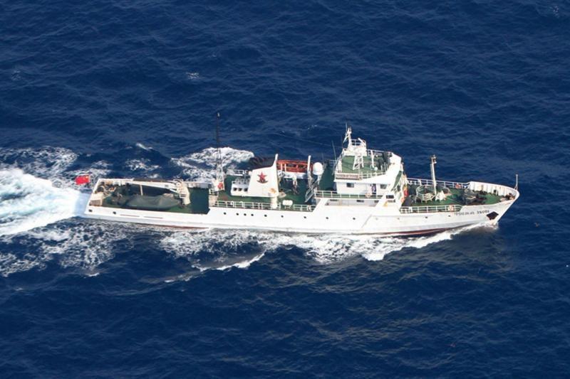 Kinai į Rytų Kinijos jūrą išsiuntė 11 laivų