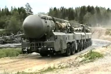 Rusijoje atidėti pirmieji šiais metais raketos