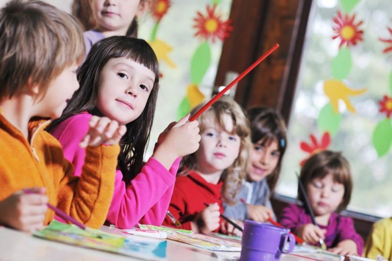 Savivaldybė sugalvojo kaip sutalpinti į darželius netilpusius vaikus