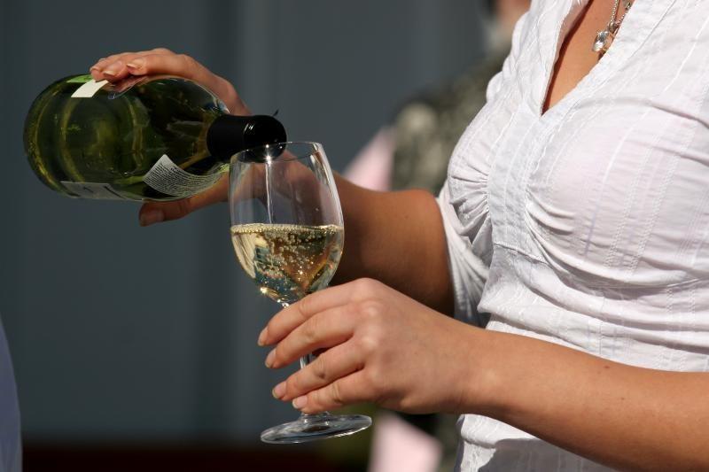 Vaikų globos namuose alkoholiu apsinuodijo du nepilnamečiai