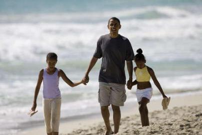 B.Obama poilsiauja Havajuose