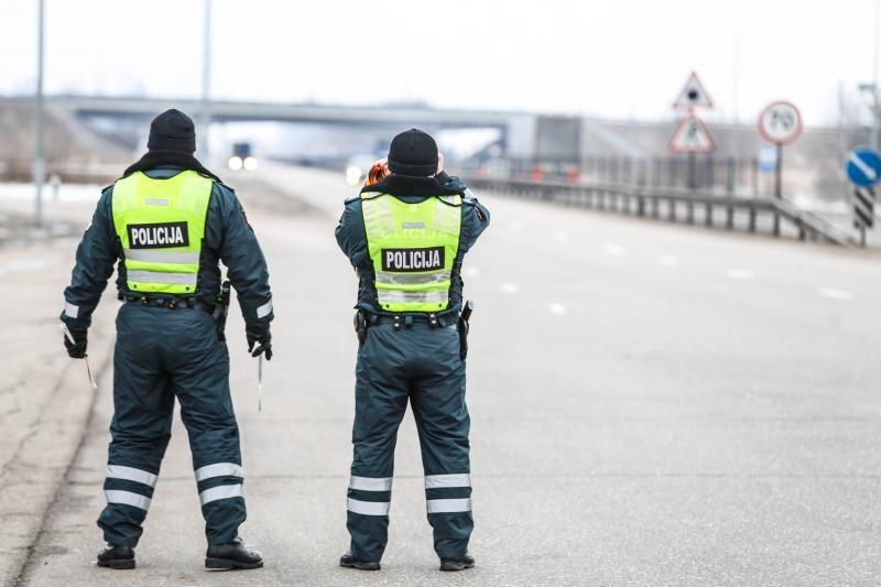 Sulaikytas kontrabanda įtariamas sostinės patrulis (papildyta)