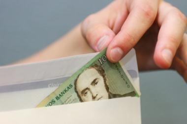 R.Kuodis: šešėlinis algų fondas Lietuvoje siekia apie 30 mlrd. litų