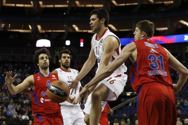"""Eurolygos pusfinalyje """"Olympiacos"""" nukovė tragiškai žaidusį CSKA klubą"""