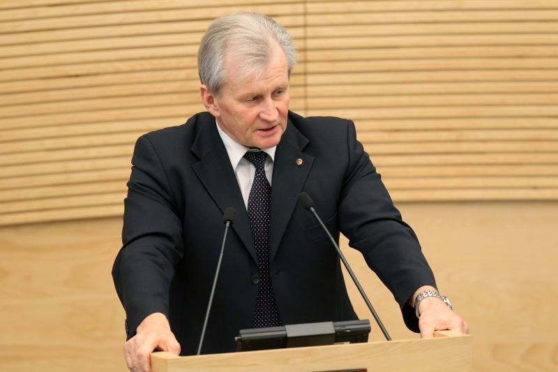 "K.Glaveckas: biudžeto ""skylę"" siūloma lopyti didinant PVM"