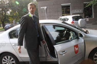 Iš Briuselio meras grįžo mikroautobusu