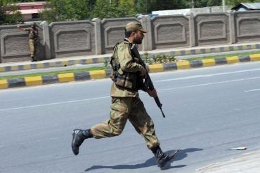 Pakistane per mirtininko išpuolį žuvo 38 žmonės