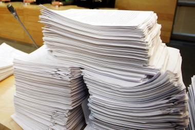 Siūlo asmenvardžius dokumentuose rašyti ne tik lietuviškais rašmenimis