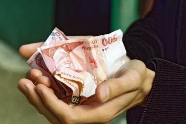 Trečdalis gyventojų nepanoro susigrąžinti pajamų mokesčio permokos
