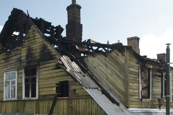 Draudikai nemokamai valys namuose suodžius, dūmus ir drėgmę