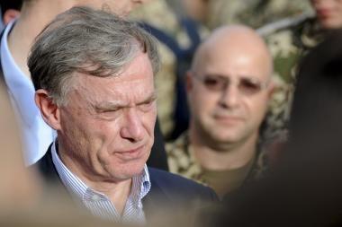 Vokietijos prezidentas Horstas Koehleris atsistatydina (papildyta)