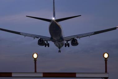 Kauno oro uoste lėktuvai jau leidžiasi (dar papildyta)