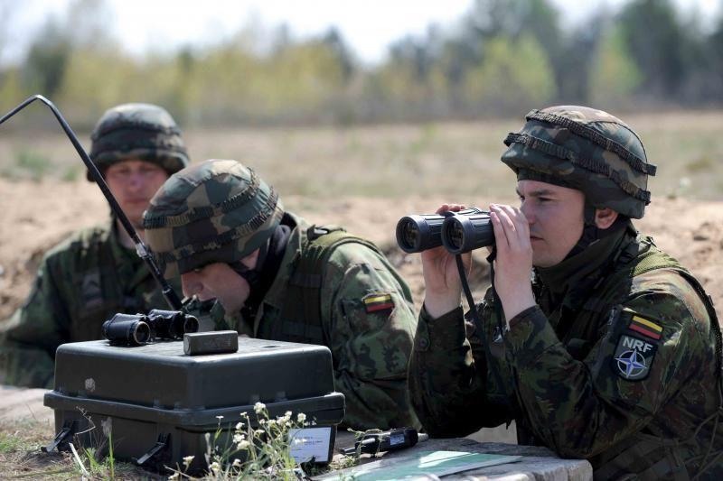 Pratybose Pabradėje įgūdžius tobulins daugiau kaip 1 tūkst. karių