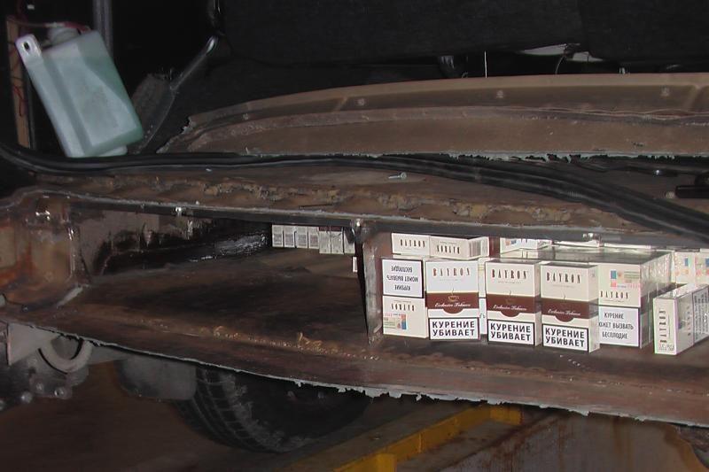 Latvijos pilietis Nidoje įkliuvo su kontrabandinėmis cigaretėmis
