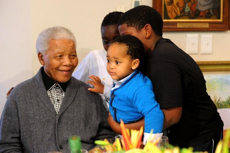 Nobelio taikos premijos laureatas N. Mandela išrašytas iš ligoninės