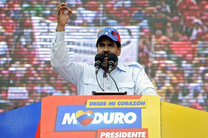 Venesueloje prasidėjo kampanija H.Chavezui pakeisti