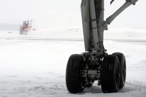 """""""AOG"""" – techninės pagalbos linija oro vežėjams"""