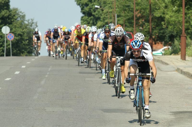 Šiaulių miesto dviračių lenktynėms karštis nesutrukdė