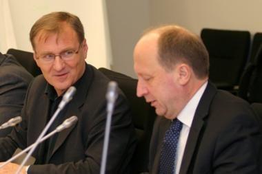 Premjerui nepavyko įkalbėti ministrą likti