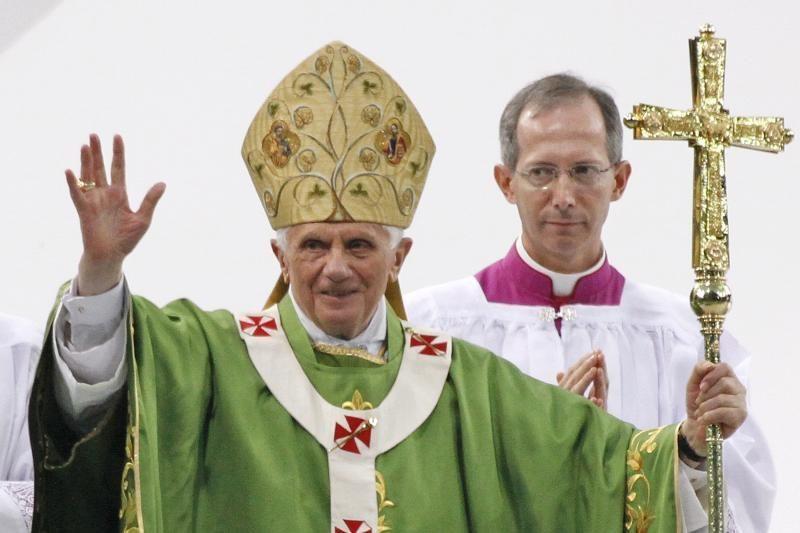 """Popiežius yra """"pasiryžęs atsikratyti šnipų"""""""