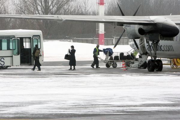 Vilniaus oro uoste dalis skrydžių vėluoja