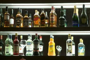 Prezidentė rado daug argumentų vetuoti alkoholio pardavimo laiką ilginantį įstatymą