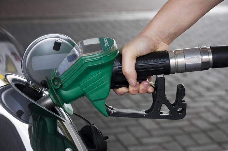 Pardavėjai nelinkę spėlioti degalų kainų ateityje