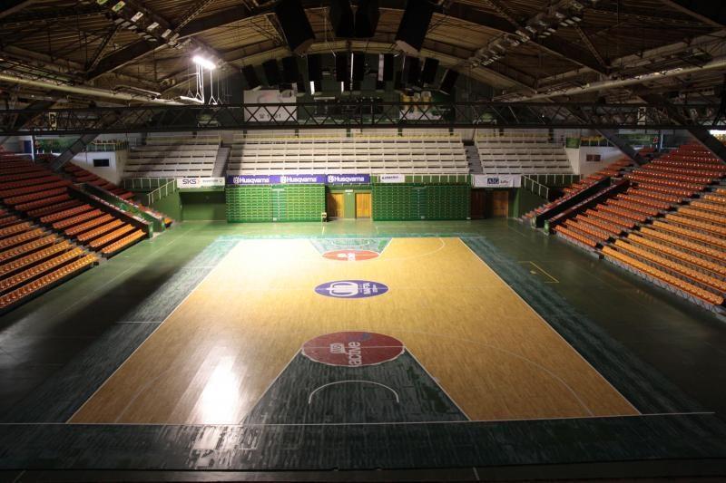 Prasideda krepšinio turnyras Sporto halės taurei laimėti