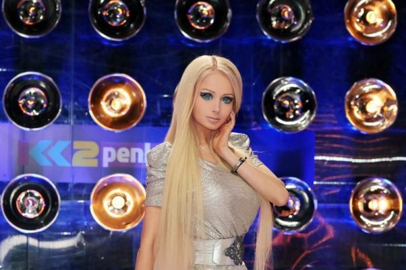 Gyva lėlė Barbė lietuviams iškėlė galybę reikalavimų (foto)
