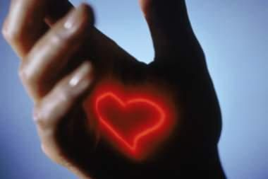 Operuota širdis suplakė prieš 50 metų
