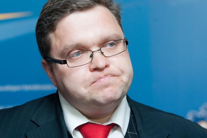Papildyti Lietuvos banko valdybos ir banko tarnautojų etikos kodeksai