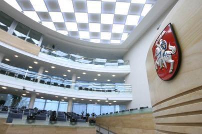 Parlamentaras siūlo nustatyti neeilinių Seimo plenarinių posėdžių laiką
