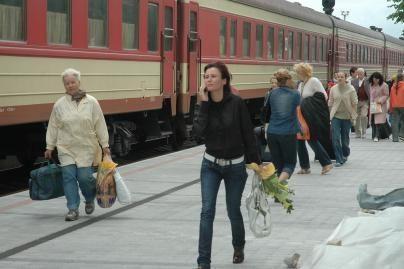 Traukiniu neteisėtai gabentos cigaretės