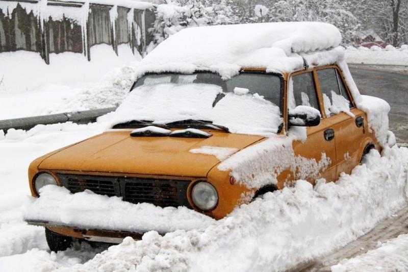 Problemos su automobiliu – pagalbos iš nepažįstamųjų nelauk