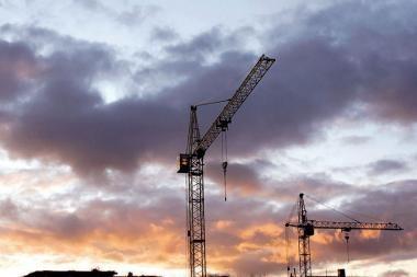 Nelegalios statybos klesti dėl vangiai taikomų baudų?