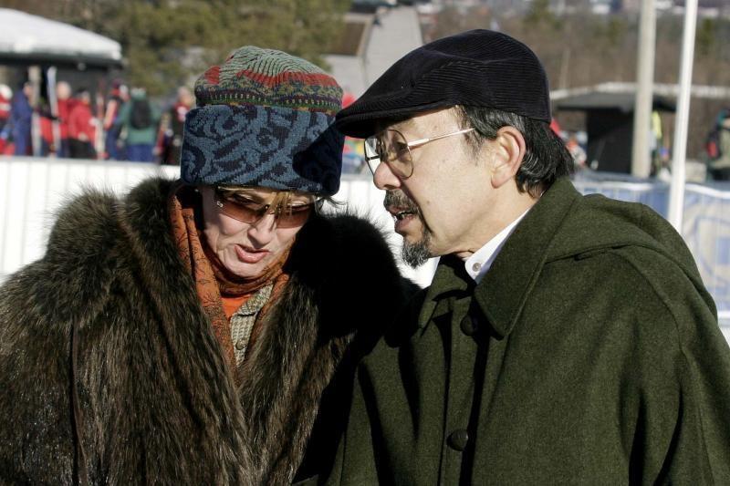 Mirė 66 metų Japonijos princas Tomohito