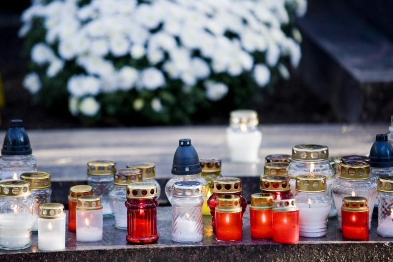 Vilniaus kapines bus galima lankyti iki 22 valandos